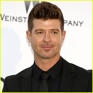 Robin Thicke Finally Comments on 'Blurred L