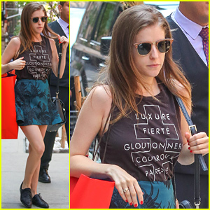 Anna Kendrick Nabs Four Teen Choice Awards 2015!