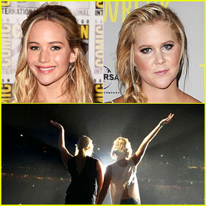 Jennifer Lawrence & Amy Schumer Dance on Billy Joel's Piano - Watch Now!