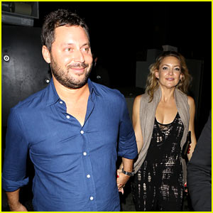 Kate Hudson Holds Hands with Her Agent Michael Kives
