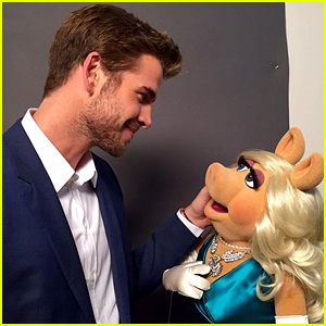 Liam Hemsworth Joins Instagram, Posts First Photo with Miss Piggy!