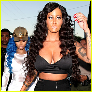 Amber Rose Is Completely Unrecognizable in a Brunette Wig