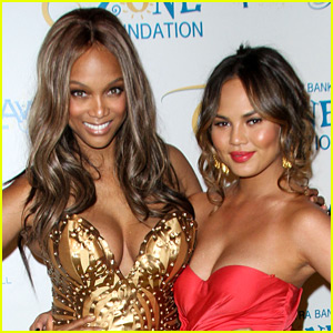 Chrissy Teigen & Tyra Banks Discuss Their Fertility Struggles