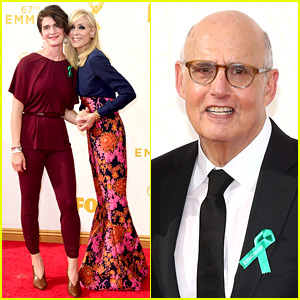 Transparent's Jeffrey Tambor Wins Best Comedy Actor at Emmys 2015!