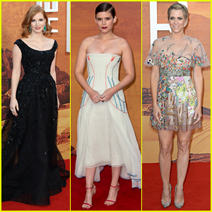 Jessica Chastain, Kate Mara, & Kristen Wiig Bring 'The Martian' to London