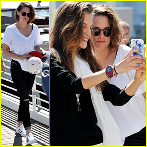 Kristen Stewart Snaps Selfies with Fans Upon Leaving Venice