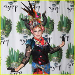 Bette Midler Celebrates Halloween At Her Annual Hulaween Party