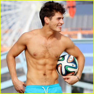 Gregg Sulkin Shows Off His Chiseled Six-Pack in Santa Monica