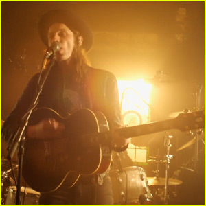James Bay Debuts 'If You Ever Want to Be in Love' Music Video