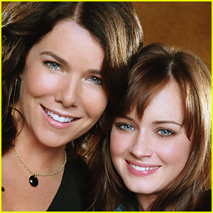 Lauren Graham Responds to 'Gilmore Girls' Revival News - Read the Tweet!