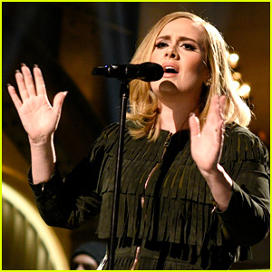 Adele Reveals How She Reacted to SNL's 'Hello' Spoof (Photo)