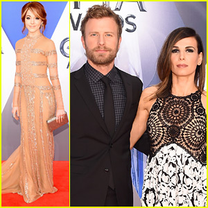 Dierks Bentley Attends CMA Awards 2015 with Wife Cassidy!