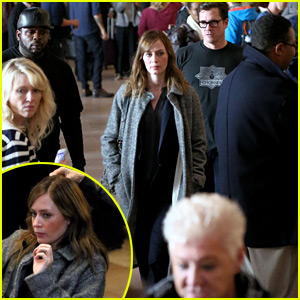 Emily Blunt Continues Filming 'Girl on the Train' in Crowded Grand Central Station