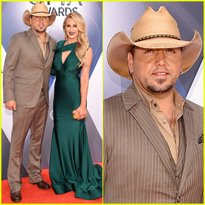 Jason Aldean Brings Wife Brittany Kerr to CMA Awards 2015