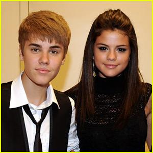 Justin Bieber & Selena Gomez Stroll Through Beverly Hills (Video)