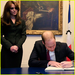 Prince William & Kate Middleton Show Their Support For Victims Of Paris Attacks