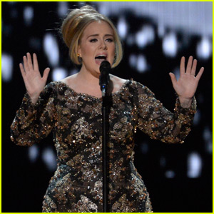 Adele Performs 'All I Ask' Live in New York City (Video)