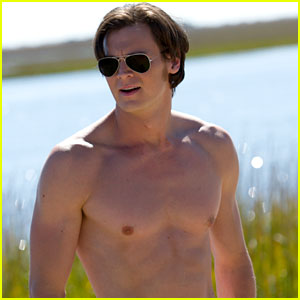 Benjamin Walker Goes Shirtless Sexy in 'The Choice' (Exclusive Photo)