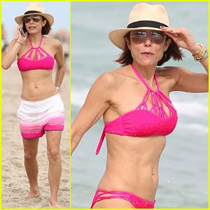 RHONY's Bethenny Frankel Looks Amazing in Her Bikini!
