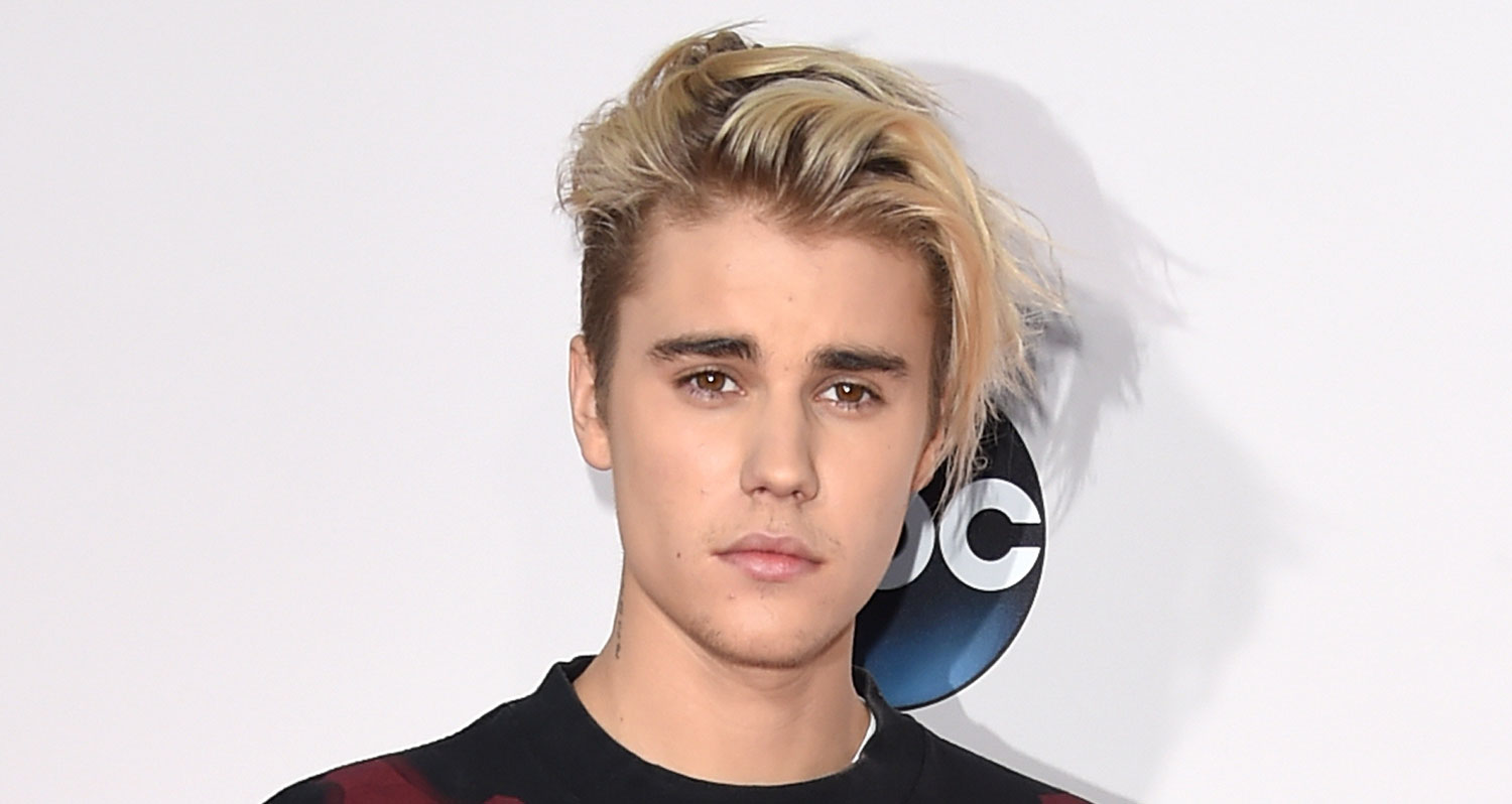 Justin Bieber Gets Wings Tattoo On His Neck See Photos Justin