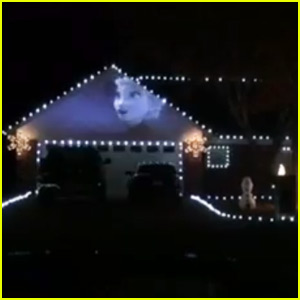 This 'Frozen' Themed Christmas Light Show Wins the Holiday - Watch Now!