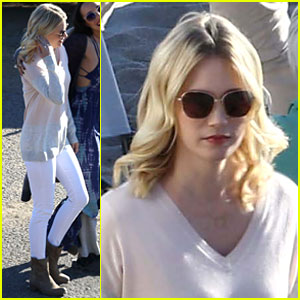 January Jones Pals Around on the Set of 'Last Man on Earth'