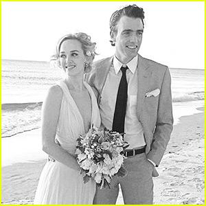 The Good Wife's Jess Weixler Marries Hamish Brocklebank!