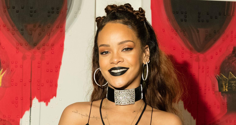 Rihanna Reveals Plans for Her First-Ever NYFW Show | Fashion, Rihanna ... Rihanna