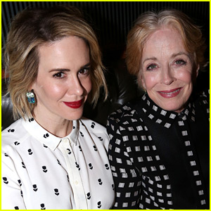 Sarah Paulson Gushes Over Girlfriend Holland Taylor on Twitter!
