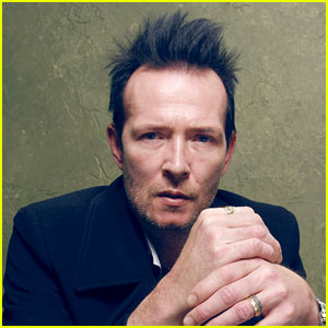 Scott Weiland's Team Confirms He 'Died in His Sleep'