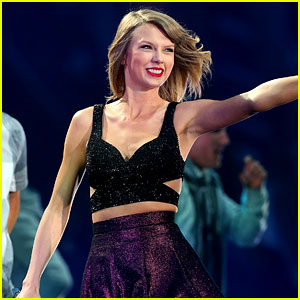 Taylor Swift Says Goodbye to '1989 Tour' Before Final Show