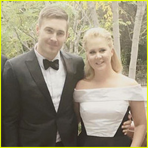 Amy Schumer Gushes About Boyfriend Ben Hanisch at Golden Globes: 'We're in Love'