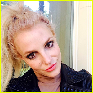 Britney Spears Runs Into a Pole, Shows Off Forehead Bruise