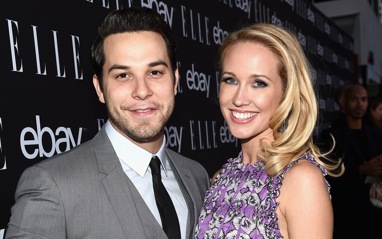 Pitch perfect stars dating
