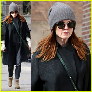 Julianne Moore is 'Like a Mom' to Chloe Moretz