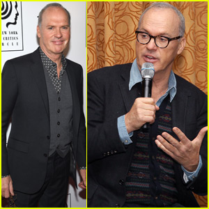 Michael Keaton Celebrates 'Spotlight' After National Society of Film Critics Win
