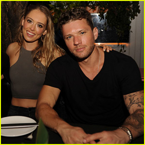 Ryan Phillippe & Paulina Slagter Continue Their Engagement Vacation!