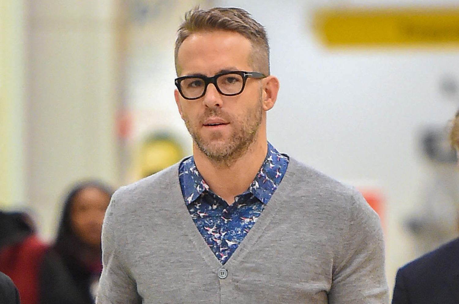 Ryan Reynolds Totally Stalked His Middle School Crush | Ryan Reynolds ... Ryan Reynolds