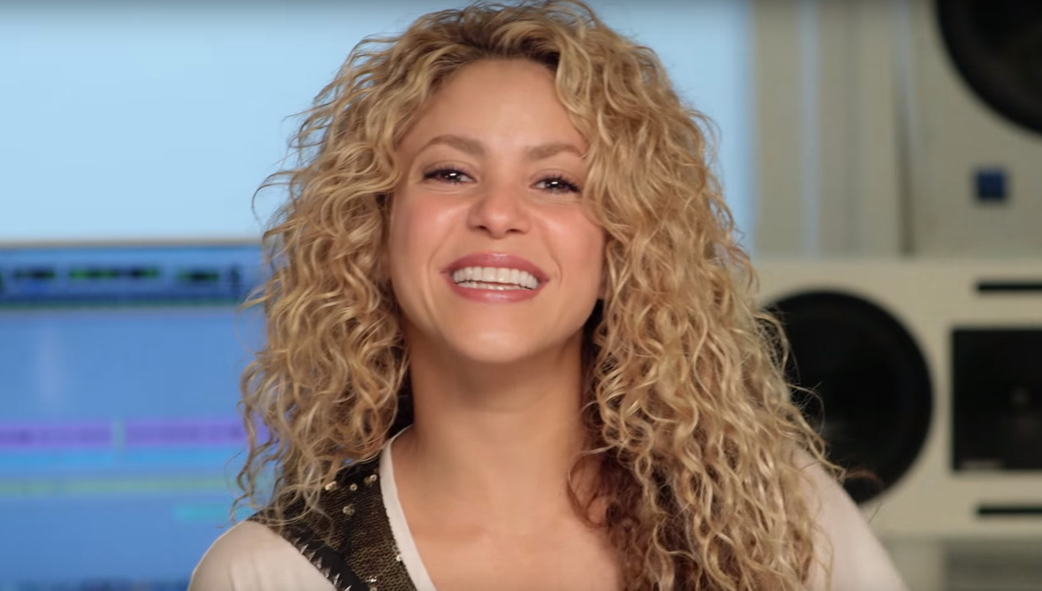 Shakira Shares New Scenes From 'Zootopia' in 'Try ... Shakira