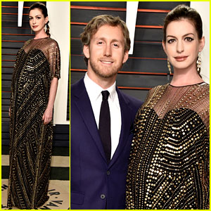Pregnant Anne Hathaway Displays Baby Bump at Vanity Fair Oscars Party 2016 with Adam Shulman!