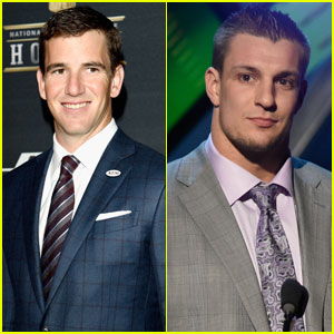 Eli Manning & Rob Gronkowski Suit Up for NFL Honors 2016