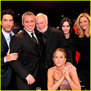 'Friends' Cast Talks About Lifelong Bond in New Reunion Video!