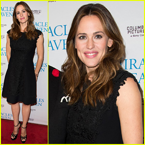 Jennifer Garner Premieres 'Miracles From Heaven' in Texas!