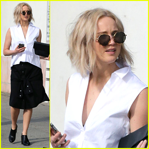 Jennifer Lawrence heads out for some shopping with friends on Tuesday ...