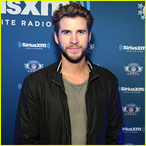 Liam Hemsworth Visits SiriusXM at Radio Row Before Super Bowl 2016
