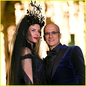 Liberty Ross & Jimmy Iovine Reveal Their Wedding Photo!