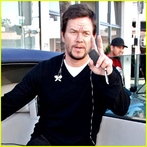 Mark Wahlberg Thanks Russell Simmons for Helping in Flint