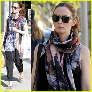 Pregnant Emily Blunt Hides Baby Bump Underneath Long Scarf
