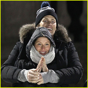 Gisele Bundchen & Tom Brady Look Picture Perfect at Benjamin's Hockey Game!