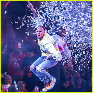 Chris Brown Performs Sold-Out Show at Drai's Nightclub in Vegas!
